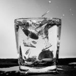 Díky vodnímu filtru vám i obyčejná kohoutková voda bude chutnat
